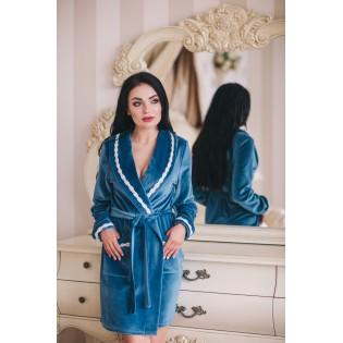 Велюровый халат Shato